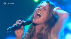 Joss Stone - Here Comes The Rain Again - Amazing Live Performance (FULL HD) you gotta listen to it until the end!!!! goosebumps!