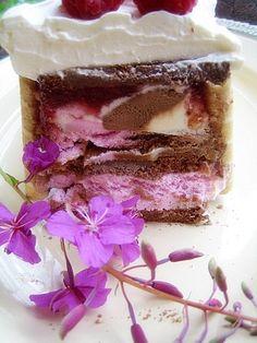 Jäätelökakku – Hellapoliisi Vanilla Cake, Tiramisu, Ethnic Recipes, Desserts, Food, Tailgate Desserts, Deserts, Essen, Postres
