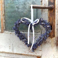 srdíčko / Zboží prodejce by Kristyna Lavender Wands, Lavender Crafts, Lavender Decor, Lavender Cottage, Lavender Wreath, Lavender Garden, French Lavender, Lavender Fields, Lavander