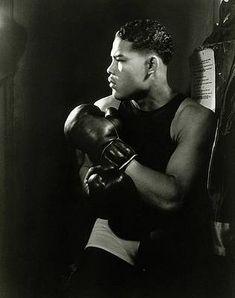 Sugar Ray Robinson, Max Baer, Boxing History, Boxing Gym, Boxing Gloves, Joe Louis, Champions Of The World, Boxing Champions, Today In History