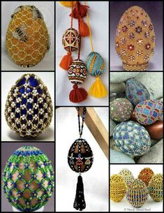 Marisabel crochet: bijouteria a crochet Egg Crafts, Easter Crafts, Beading Tutorials, Beading Patterns, Crochet Toilet Roll Cover, Seed Bead Crafts, Beaded Banners, Easter Egg Designs, Beaded Christmas Ornaments