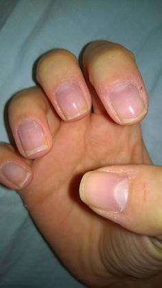 Beauty Glisten: DIY: Velvet hands- Take care of cuticles