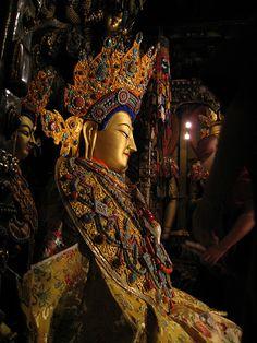 中國西藏拉薩大昭寺本師釋迦牟尼佛十二歲等身像 覺阿佛 覺沃佛 仁波切 悉達多 太子