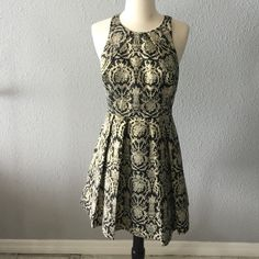 Gianni Bini brocade dress In great condition Gianni Bini Dresses