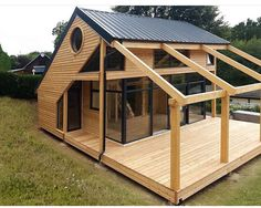 Organic Gardening Supplies Needed For Newbies Architecte : Patrick Ballester Maisons Ossature Bois Daction 2000 - France 30 Shed Plans, House Plans, Barn Plans, Garage Plans, House In The Woods, My House, Wendy House, Casas Containers, Tiny House Design