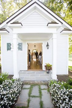 I've always dreamed I'd get married in a little white chapel. This one would be perfect for a small gathering of family and close friends.