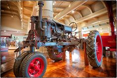 Tractor at the Henry Ford Museum in Dearborn, MI Antique Tractors, Vintage Tractors, Vintage Farm, Antique Cars, Case Tractors, Ford Tractors, Henry Ford Museum, Tractor Implements, Tractor Pulling