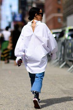 The Best Street Style at New York Fashion Week #flatlay #flatlays #flatlayapp www.flat-lay.com