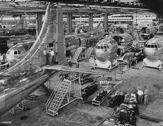Transport, Aviation, Seattle, USA, 1947, The factory floor of the Boeing Aircraft Company showing the manufacture of their Stratocruiser airliner  Credit: Popperfoto