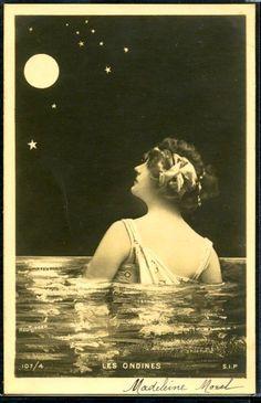 Belle Epoque postcard