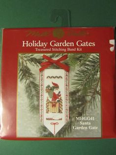 2001 MILL HILL HOLIDAY GARDEN GATES STITCHING BAND KIT SANTA GARDEN GATE MHGG41