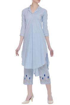 contact my WhatsApp number 7874133176 Indian Party Wear, Indian Wear, Kurta Designs Women, Blouse Designs, Kurta Patterns, Pajama Pattern, Kurta Neck Design, Pakistani Fashion Casual, Embroidery Suits Design