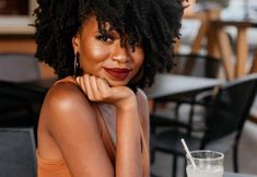 Woman outside with short coily hair drinking water Protective Hairstyles, Protective Styles, Braided Hairstyles, Kid Hairstyles, Coily Hair, 4c Hair, Wavy Hair, Hair Dye, Blonde Hair