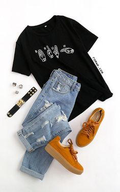 Black Gesture Print T-shirt - Inspirational T Shirts - Ideas of Inspirational T . - Black Gesture Print T-shirt – Inspirational T Shirts – Ideas of Inspirational T Shirts – Black Gesture Print T-shirt Source by Inspirational_Hub - Girls Fashion Clothes, Teen Fashion Outfits, Mode Outfits, Outfits For Teens, Fall Outfits, Summer Outfits, Teenager Outfits, College Outfits, Elegantes Outfit