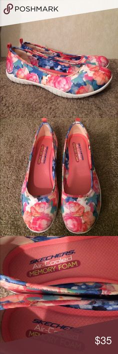 "$30 NWT Skechers sir cooled memory foam flats NWT. No original box. Tags still on bottoms of shoes. Cute floral print. ✔The price in the beginning of the title of my listings is the bundle price. These prices are valid through the ""make an offer"" feature after you create a bundle. These bundle orders must be over $15. Ask me about more details if interested.  ❌No trades ❌No holds Skechers Shoes Flats & Loafers"