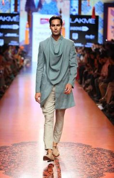 """Stylefluid Trendz: Tarun Tahiliani presents an Artsy collection inspired by the works of 'The Singh Twins' """" Lakme Fashion Week Mens Indian Wear, Indian Men Fashion, Indian Man, Mens Fashion Suits, Fashion Menswear, Indian Groom, Indian Style, Mens Wedding Wear Indian, Tarun Tahiliani"""
