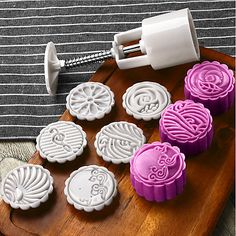 Quantity:7pcs; Type:Cake Molds; Application:For Pie; Material:Plastic; Item Type:Cake Molds; Listing Date:10/23/2019 Mooncake, Cheesecakes, Vegetarian Pasta Salad, Moon Cake Mold, Springerle Cookies, Diy Silicone Molds, Mid Autumn Festival, Baking And Pastry, Chiffon