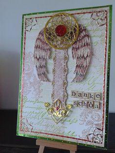 Dankeschön Karte mit gestempeltem Hintergrund und ausgestanzten Ornamenten
