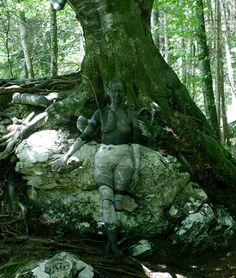 Johannes Stötter lässt sich von der Natur inspirieren und verschmilzt Mensch und Umgebung. (Foto: hgm-press)