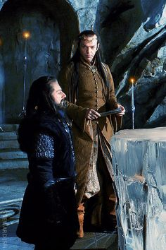 Previous pinner says:  You never really notice how short Thorin is until he's standing next to someone tall! Love him.