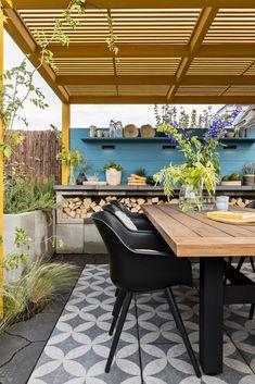 Terrace Tiles, Patio Tiles, Outdoor Tiles, Outdoor Flooring, Outdoor Rooms, Outdoor Living, Backyard Patio Designs, Small Backyard Landscaping, Landscaping Ideas