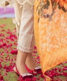 Kurti Sleeves Design, Kurta Neck Design, Sleeves Designs For Dresses, Dress Neck Designs, Stylish Dress Designs, Neck Designs For Suits, Salwar Designs, Kurta Designs Women, Kurti Designs Party Wear
