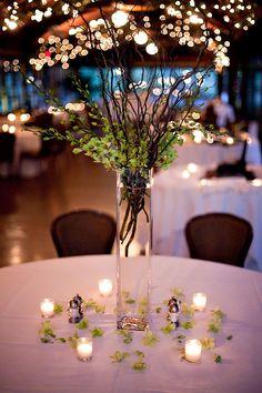 17 New Ideas Wedding Forest Theme Enchanted Garden Flower Picture Wedding Centerpieces, Wedding Table Centerpieces, Flower Centerpieces, Wedding Decorations, Table Decorations, Simple Centerpieces, Wedding Vases, Decor Wedding, Diy Wedding