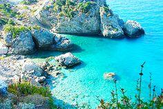 Beach on Samos Island, Greece Greek Island Tours, Greek Island Hopping, Greek Islands, Places Around The World, Travel Around The World, Around The Worlds, Mykonos, Santorini, Places To Travel