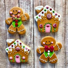christmas cookies gingerbread Weihnachtspltzchen G - christmascookies Christmas Sugar Cookies, Christmas Sweets, Holiday Cookies, Christmas Baking, Gingerbread Man Decorations, Christmas Gingerbread House, Decorating Gingerbread Cookies, Gingerbread Man Cookies, Gingerbread Houses