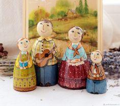 Куколки из дерева с авт. росписью. Семья это счастье 6-10см – купить в интернет-магазине на Ярмарке Мастеров с доставкой