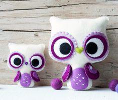 PDF. Big eyes owl and small owl brooch. via Etsy.