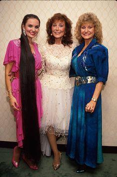 Peggy Lynn;Crystal Gayle;Loretta Lynn