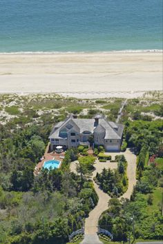 Go Inside Susan Lucci's Beach House - Celebrity Home Tours - House Beautiful