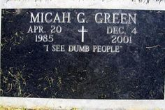 Another 12 Hilarious Tombstones (Funny Tombstones, Funny Headstones) - ODDEE