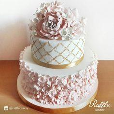 Ruffle Cakery | Ruffle Cakery Project | Wedding Cake | Bridestory.com