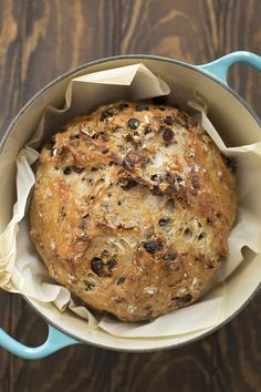 Foolproof Cinnamon Raisin Pecan Artisan Bread - Life Made Simple - bread recipes homemade Artisan Bread Recipes, Dutch Oven Recipes, Bread Machine Recipes, Easy Bread Recipes, Cooking Recipes, Cooking Tips, Artisan Food, Bread Machine Bread, Bread Machines