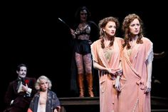 'Side Show' Twins, Emily Padgett and Erin Davie, Connect - NYTimes.com #Broadway