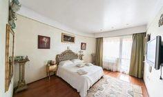 Penthouse Kiseleff - dormitor mobila clasica Bed, Furniture, Home Decor, Decoration Home, Stream Bed, Room Decor, Home Furnishings, Beds, Home Interior Design