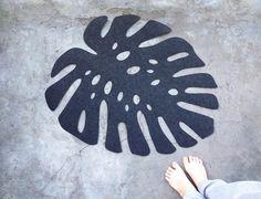 Floral Rug / Monstera Leaf  Mat / Felt Carpet / door WoollyClouds