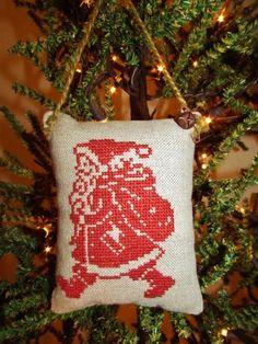 Love this Santa ornament