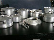 Antik * Uralt Topf Set Kochtopf * Aluminium alt dicke Böden * + Knoblauchpresse