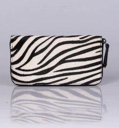 Portemonnee van dieren vacht  Dieren prints  #Zebra #portemonnee  www.DeSchoenenkast.nl