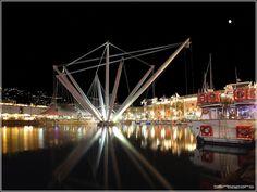 Genova: Porto Antico, col Bigo di Renzo Piano