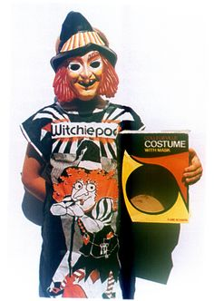 witchy poo HR puffnstuff, I was totally this for Halloween when I was little! Vintage Halloween Photos, Retro Halloween, Halloween Masks, Holidays Halloween, Happy Halloween, Halloween Witches, Halloween Projects, Halloween Horror, Halloween House