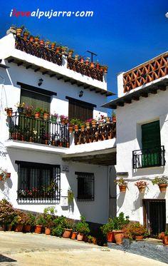 Rincón de Yegen. La Alpujarra Granada Andalucia, Granada Spain, World View, Spain And Portugal, Mansions, House Styles, City, Home, Amber