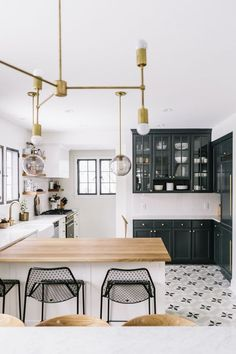8 Green kitchens you will be smitten with this season - Daily Dream Decor