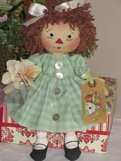 Sweet Primitive Raggedy Ann Annie Doll Silk Flower Sweet Annie Tulle   eBay