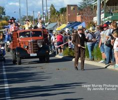 Geoffrey Graham leads tehe Poets in the 2015 Street Parade