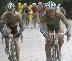 Evans vs Vinokourov Giro 2010 | Carrara-Montalcino