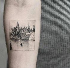 Hogwarts tattoo on the right inner forearm. Cool Small Tattoos, Little Tattoos, Pretty Tattoos, Love Tattoos, Unique Tattoos, Tatoos, Small Disney Tattoos, Cat Tattoos, Friend Tattoos